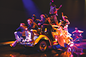 cirque-du-soleil-the-beatles-love
